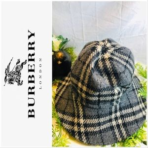 Burberry London Wool Nova Check Bucket Hat